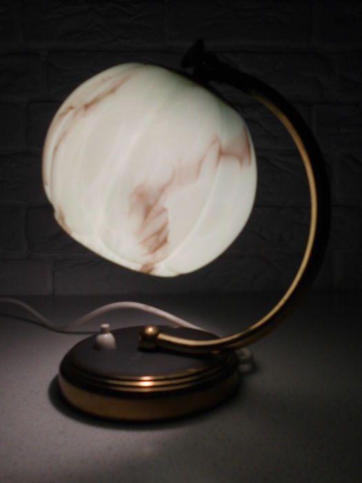 17 beste idee n over glazen lampen op pinterest slaapkamer lampen tafellampen en roze lamp for Verwijderbaar glas
