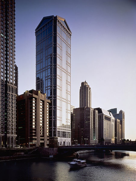 United Airlines Tower, en Chicago, proyecto de Ricardo Bofill...dad's building @ tricia