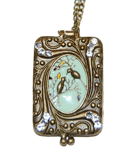 Vintage Style Cameo locket Bird Enamel Plating and Crystals Pendant necklace in Antique Brass Tone npntzR9