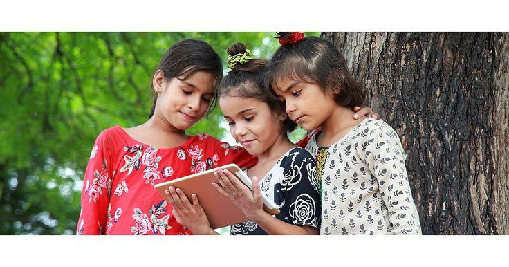 ルシ・パーマー(12)が暮らすインド西部ケショッドは、公園も映画館もショッピングモールもない小さな町だ。だから、パーマーのような賢い子どもがそれなりの教育を受けるには、ここから3時間半以上かかる...オンライン学習サービス「BYJU'S」のアプリをダウンロードして、数学と科学を自分のペースで学んでいる。この学習法を始めてから1年後、6年生の試験でクラストップになったという。