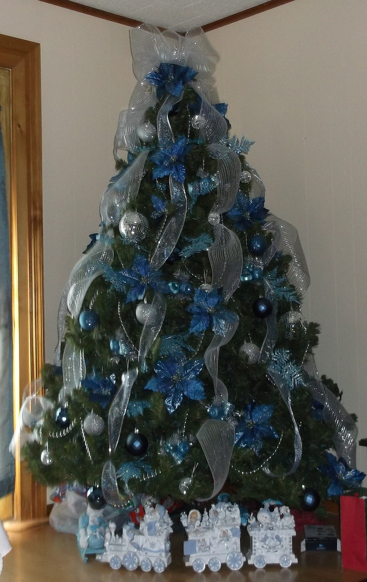 Blue christmas tree decorations - From Lisa Fairley In Wiggins Mississippi Silver Christmas Treechristmas Tree Decorationsxmas