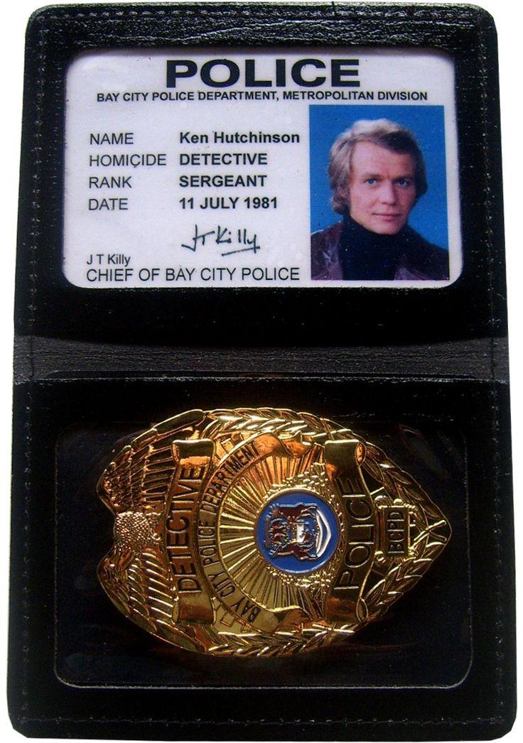 Badge en Cuir Starsky et Hutch avec Carte Identification Ken Hutchinson Insigne Métal - Séries TV Action / Police/Starsky et Hutch - Logostore