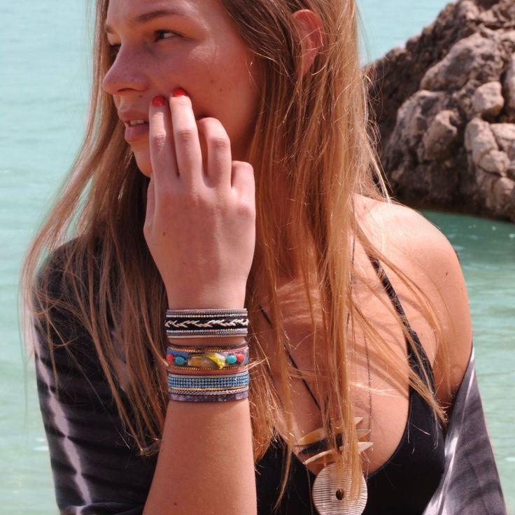 Bracelets Power