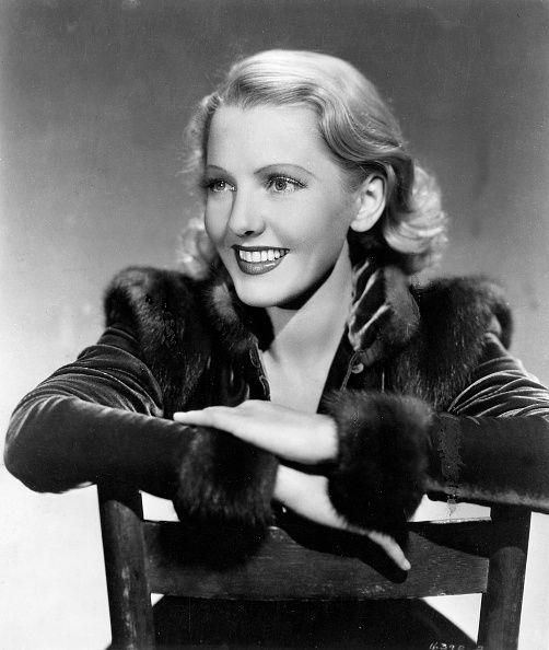 Jean Arthur 1946, love her smile!