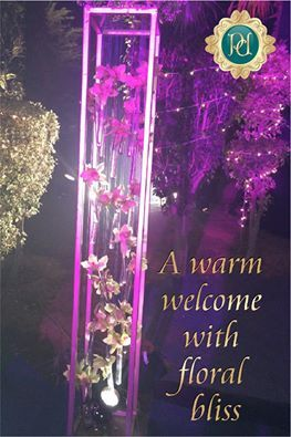 Exclusive Wedding Decors by #Pandhi #Decorators. Just click on the link and book right now: http://goo.gl/b8Yj6q