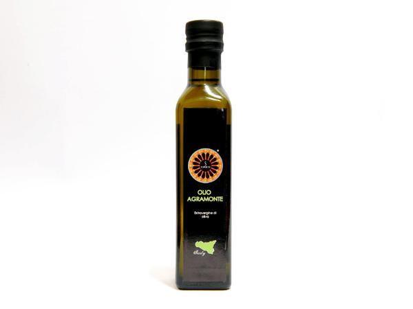 """SciroccoSicily su Twitter: """"#olio #extravergine d' #oliva di #sicilia Su http://t.co/GOXvM7uzTp #ProdottiTipici #siciliani #online #shopping http://t.co/m5XGHZXmie"""""""