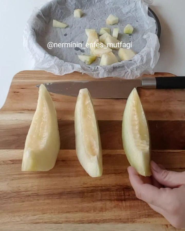 """Instagram'da Nermin Gül : """"Selamm ben geldim mükemmel bir tarif hazırladımm ev halkı bayıldı kavunlu limonlu ballı enfes birşey oldu çok doğal ve lezzetli bekleme…"""""""