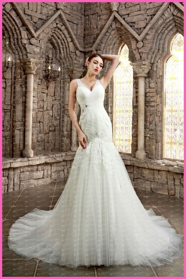 ED-YH2495 New China Supplier Designers V-neck Lace Appliqued Pleated Cheap Trumpet Wedding Gowns