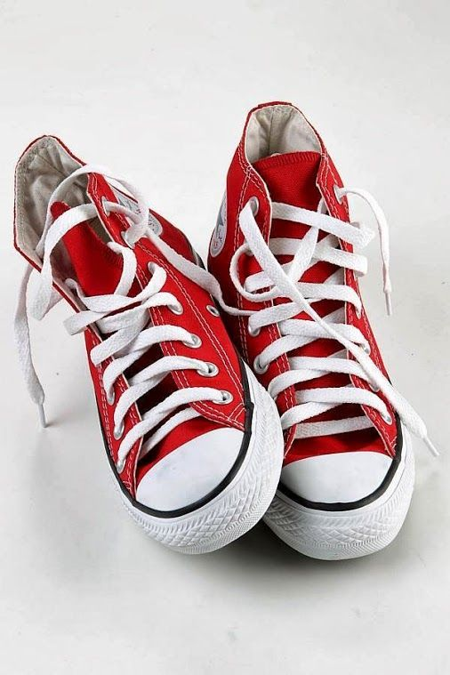 REALLY WANT white and/or black Converse