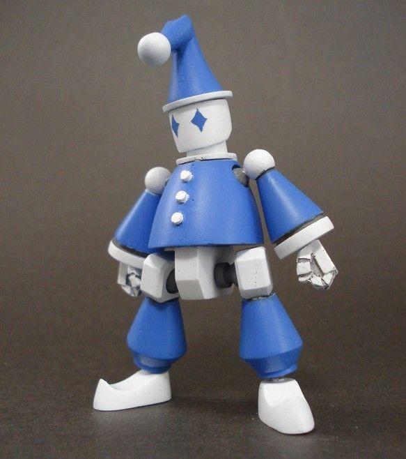 ご覧頂き有難うございます。ピエロをモチーフにしたロボットの模型です。 素材は大半がレジンキャストで、一部にプラ材やポリパテを使用しています。各関節は可動します...|ハンドメイド、手作り、手仕事品の通販・販売・購入ならCreema。