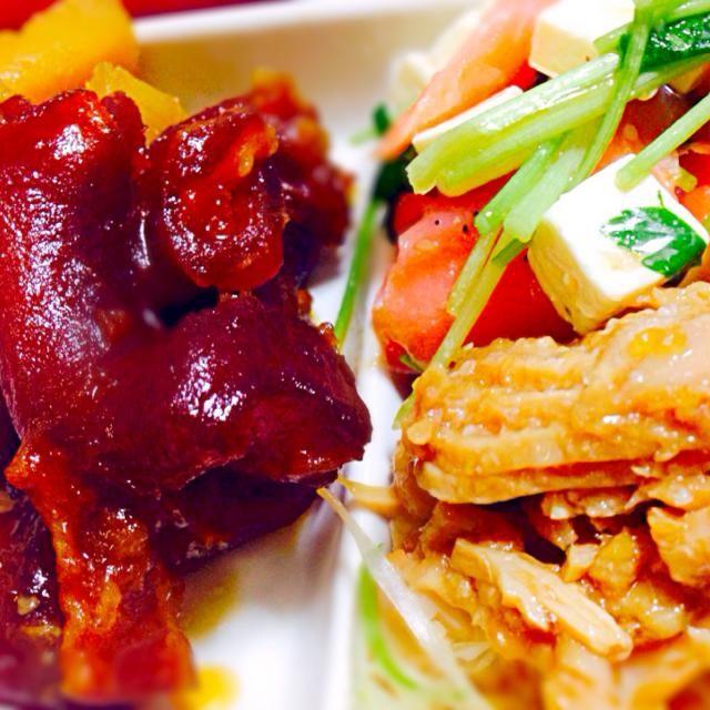 おつまみ〜(⌒▽⌒) - 138件のもぐもぐ - 牛すじとさつまいもの煮込み、スモークサーモンとクリームチーズと三つ葉サラダ、葱チャーシュー by qpchan