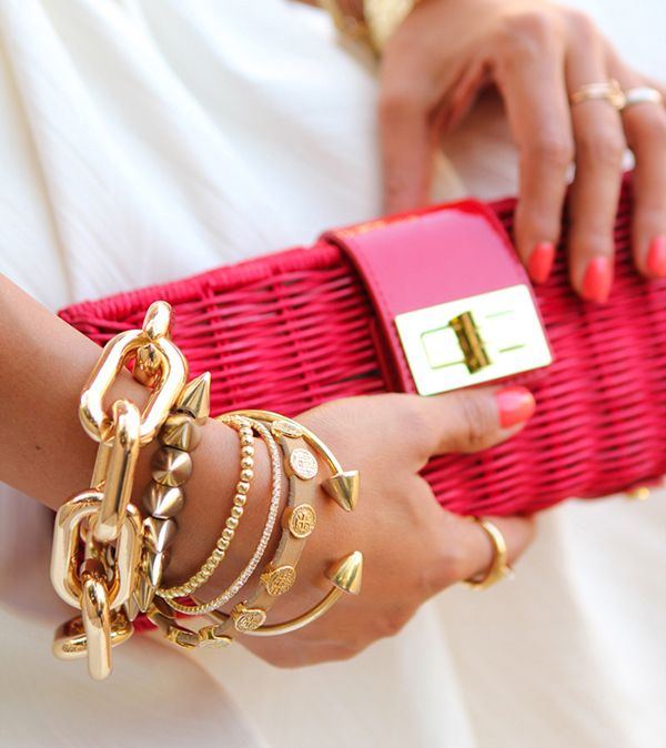 gold accessories + pop of pink
