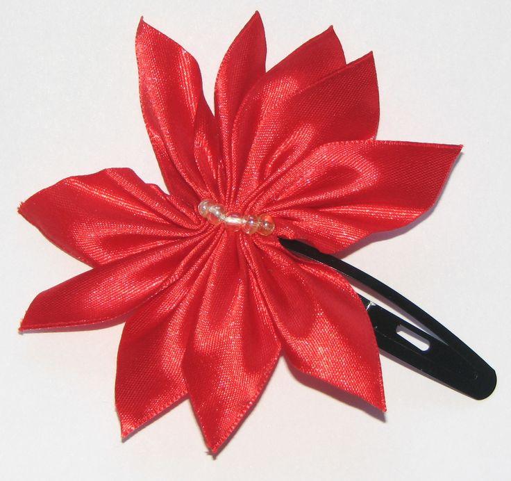 Red ribbon hairclip