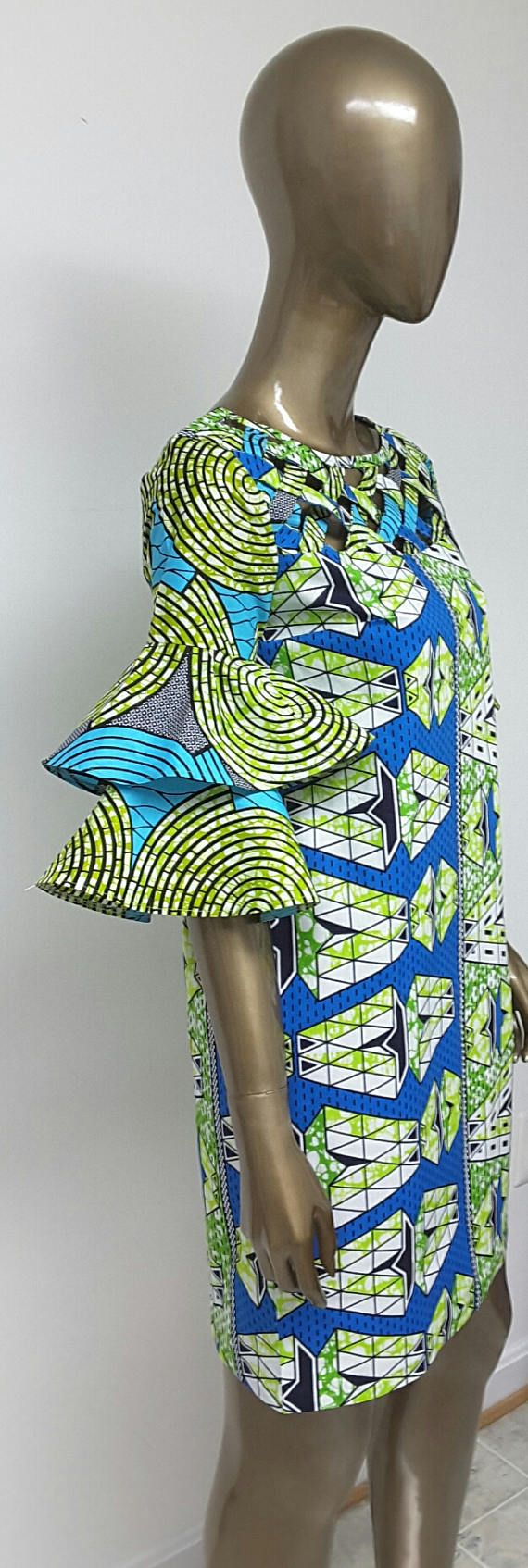 Collection AYAWAX. Africain imprimé Mini robe. Manches de Bell