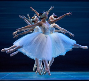 MUST: Take in a performance at Ballet AustinDinner Time, Austin Art, Divination Dancers, Ballet Austin, Dance Dance D, Art Image, Beautiful Dancers, Dance Therapy, Austin Families