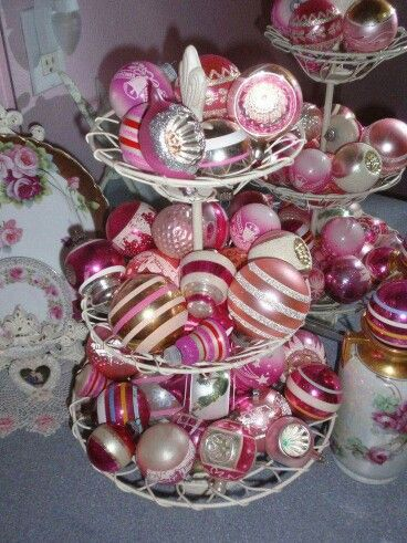 Great Hot Pink Vintage Christmas Ornaments!!! Bebeu0027!!! Merry Hot
