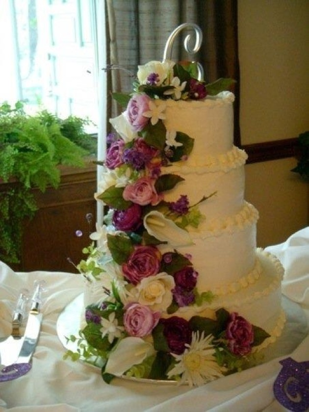 artificial flowers for wedding cakes silk flowers on wedding cake wedding ideas for 10841