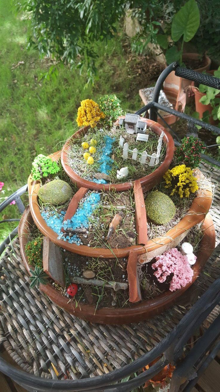 jardín de hadas Haz tu mismo tu propio jardín en miniatura reciclando antiguos recipientes