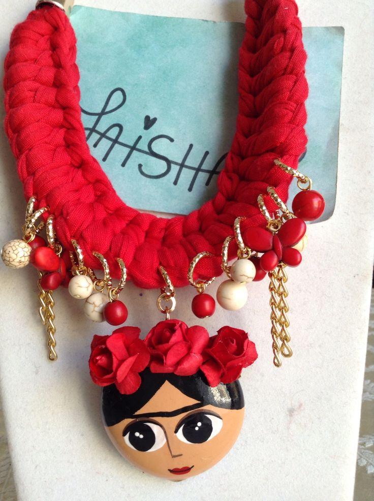 Collar de cerámica Frida Kahlo  Facebook