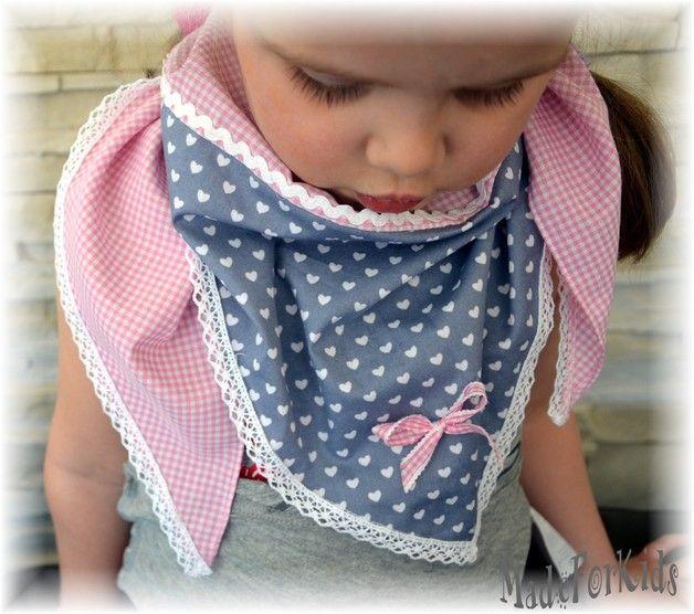 Süßer Dreieckstuch für kleine Damen aus pink kariertem Stoff mit …   – jaye nähen