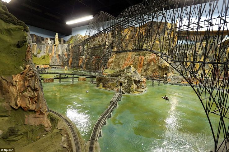 Next stop, the world's largest model railroad! One man's spectacular ...