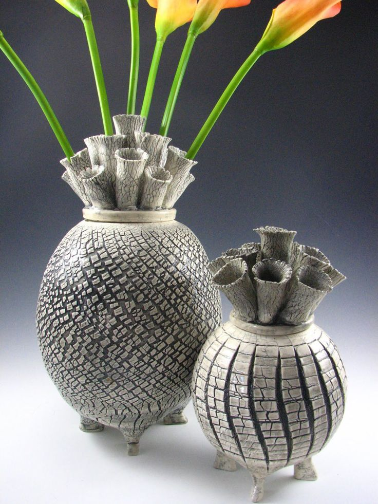 Fired to 2500 degrees and crackle-glazed by Erin Lunstrum Pietsch of Boise, ID. Source / Pietsch Pottery