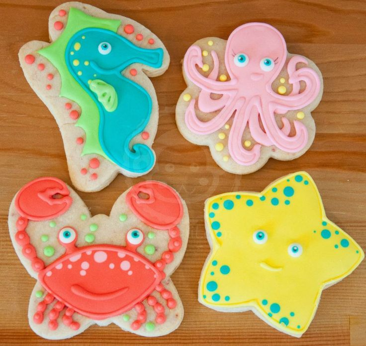 Sea creatures made with alternative cookie cutters.  Crab uses butterfly, octopus uses cupcake and seahorse uses a bunny cutter.