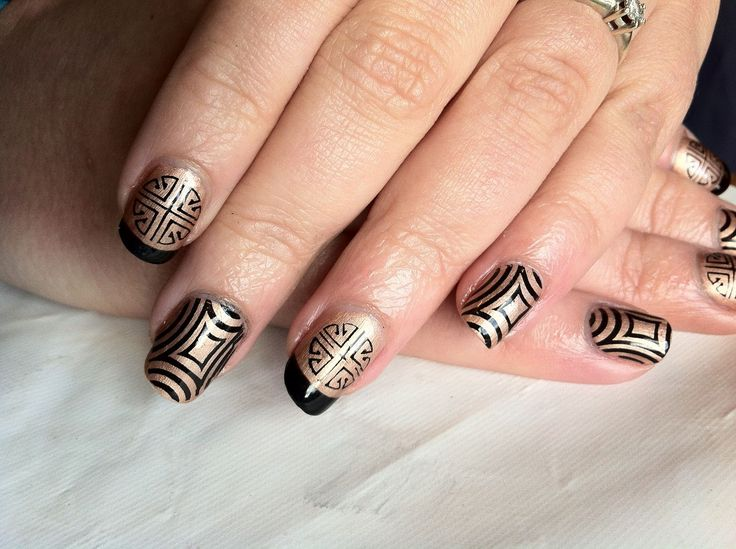 white shellac nails ideas picture General Classy Nails Patterns With Black Color On Gold Nails Art