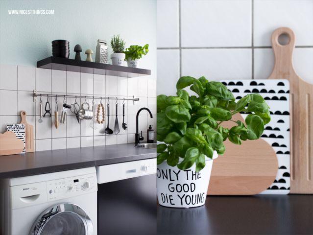 cocina estilo nórdico piso alquiler : vía La Garbatella