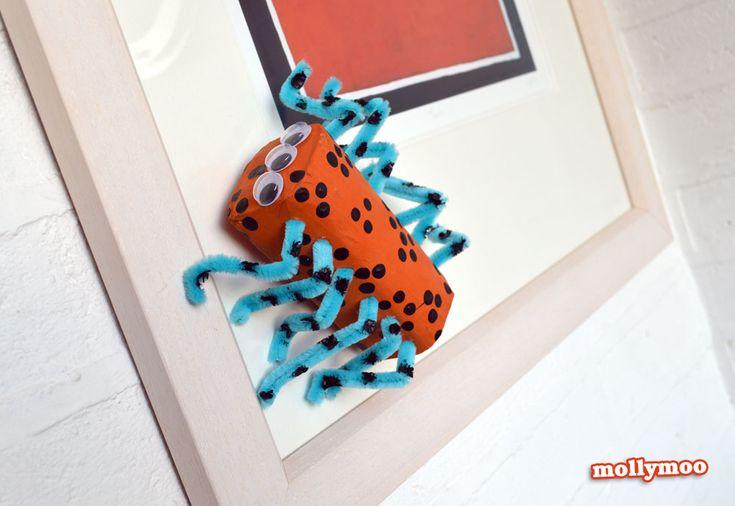 Halloween Basteln für Kinder – Toilettenpapier Spinnen