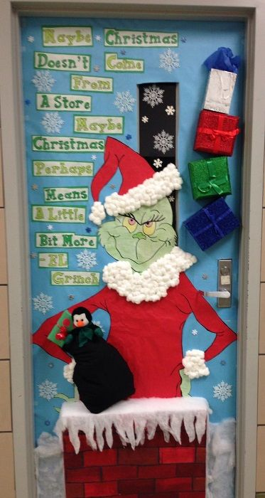 DIY Door Decoration For Christmas – Cathy