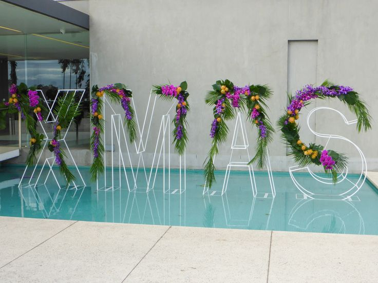 wire letters, event letters, flowers on wire letters, event styling, event hire gold coast, event hire queensland