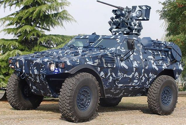 105 besten armoured vehicles bilder auf pinterest gepanzerte fahrzeuge milit rfahrzeuge und. Black Bedroom Furniture Sets. Home Design Ideas
