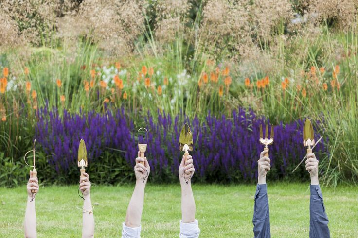 Hands up if you love our copper gardening tools!