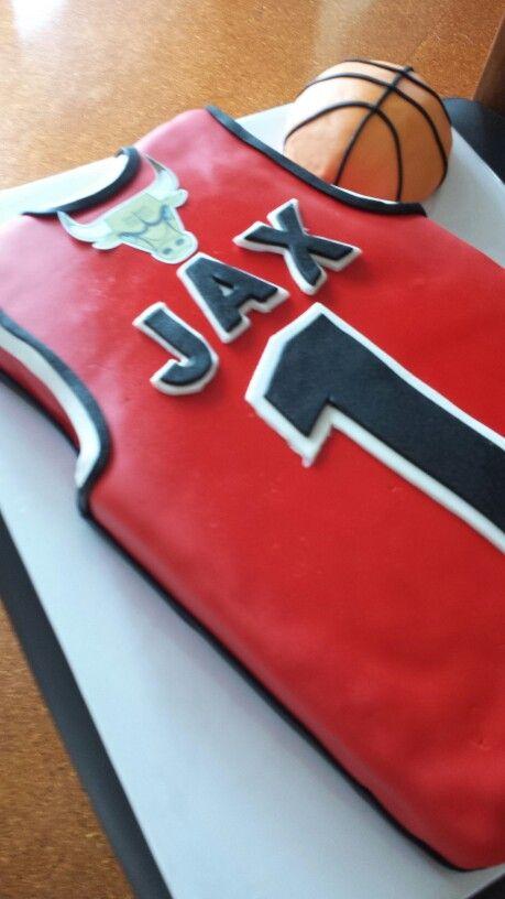 Chigago Bulls cake