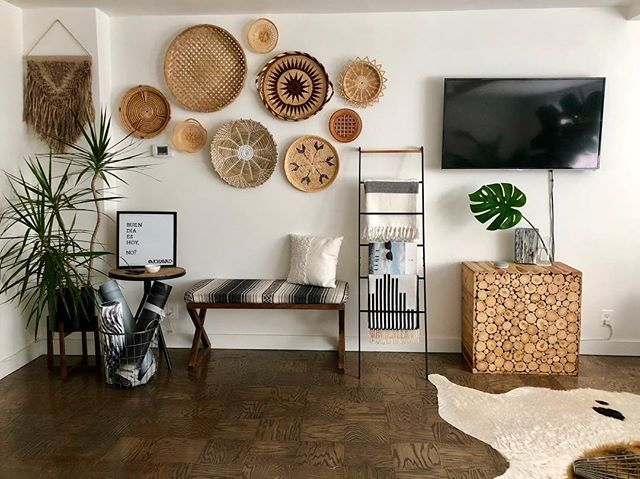 Stores Nadeau Furniture With A Soul Nadeau Furniture Baskets On Wall Wall Decor