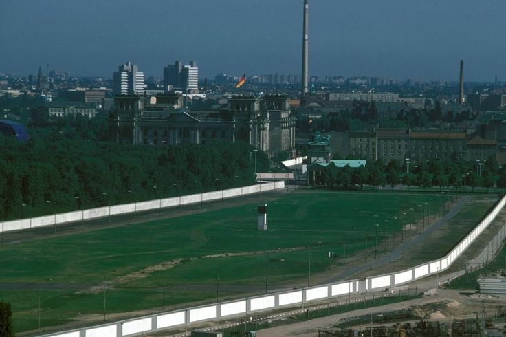 Bildergalerie: Noch mehr Bilder entdeckt: So sah der Mauerstreifen aus - Bildergalerien - Mediacenter - Tagesspiegel