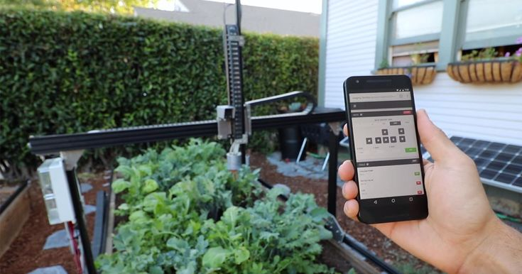 A Robot That Grows All The Food You Need In Your Own Backyard - Imagine if there was a machine that would take care of your garden 24/7 and do everything from planting seeds to killing weeds. Well, actually, there already is one.