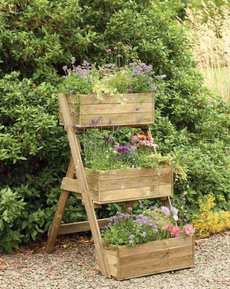 bac-fleurs-bois-DIY-trois-niveaux-flleurs-jardin-vertical bac à fleurs en bois