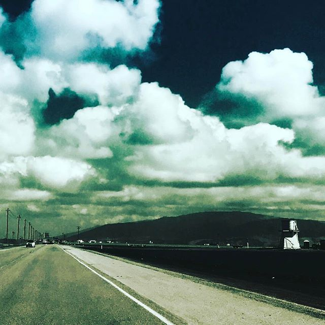 Loving these Wild West Country roads...this is Mount Toro in the majestic fields of Salinas, CA! #podcast #podcasts #talkradio #radioshow #internetradio #salinas #meditate #podcaster #yoga #music #inspiring #la #nyc #santacruz #fields #california #inspire #countryroads #saturdaydrive #radio #surf #skateboard #snowboard #clouds #travel #norcal #mountain #monterey #montereylocals #salinaslocals- posted by Bud and Roach Entertainment https://www.instagram.com/budandroachent - See more of…