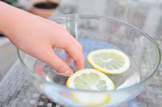 Soaking your nails in lemon juice will get rid of those yellow stains.  #natural #shampoo #fordandruff  #curly #hair  #hairloss  #antihairloss #arganlife #herbal #anti  #herbal #arganlifereview  #arganlifeshampoo  #arganlife #prevention #organix #moroccan #arganoil #treatment  #arganoiltreatment  #treatmentreview  #ultra #organic #beauty