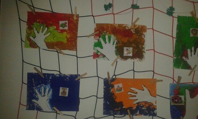 Já a moje značka...obkresleni ruky+tempera (volba barvy kterou mam rád) obtažení ruky...tuž.