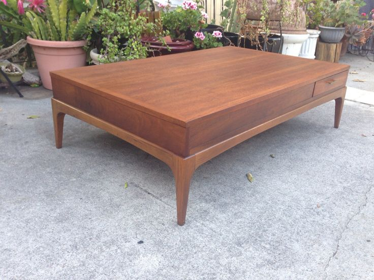 Mid century Lane coffee table Modern Flamingo Inventory