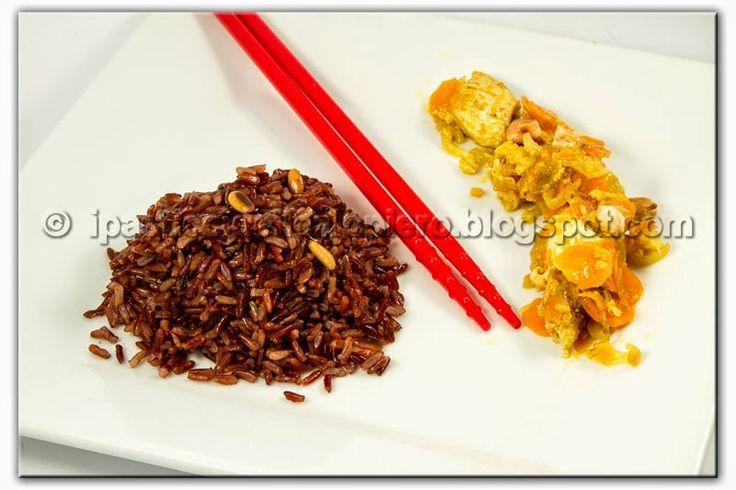 I Pasticci dello Ziopiero: Riso Rosso Thailandese con Tandoori Masala e Pollo al Curry