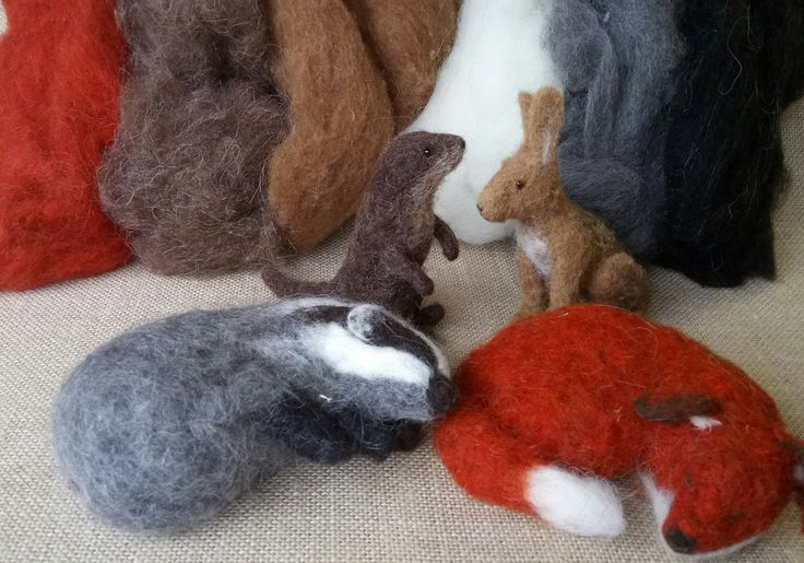 Animal Needle Felt Starter Box - contains tools, accessories, general instructions and a big bag of wool