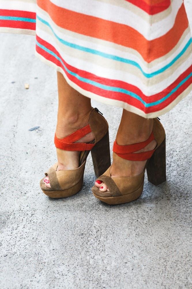 : Cute Heels, Street Fashion, Spring Shoes, Fashion Shoes, Street Style, Summer Shoes, Girls Shoes, The Dresses, Chunky Heels