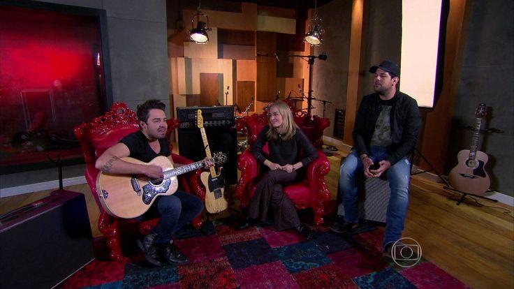 Angélica solta a voz no estúdio de Fernando e Sorocaba http://gshow.globo.com/programas/estrelas/videos/t/programas/v/angelica-solta-a-voz-no-estudio-de-fernando-e-sorocaba/4513174/