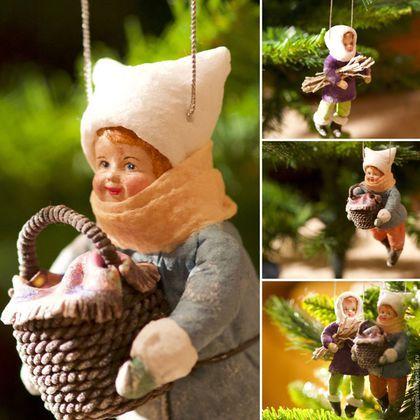 Купить или заказать Новогодние игрушки, Ватные игрушки 'Мамины помощники' в интернет-магазине на Ярмарке Мастеров. РЕЗЕРВ! Новогодние игрушки 'Мамины помощники'. Выполнены из ваты, милые, уютные, готовы уехать в новый дом. Ватные игрушки легкие, не бьются, статут чудесным украшением Вашей елки или великолепным ретро подарком.Если Вам интересны мои работы и Вы хотите первыми узнавать о новых - буду рада видеть Вас среди своих…