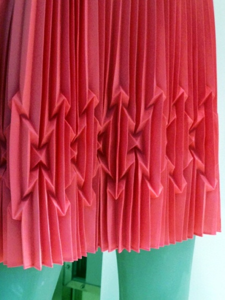 Pleats have been featured on blog at Laurel blouses. She was asking how they are made.  It looks like they have been steam molded. Ill have to investigate.  ..