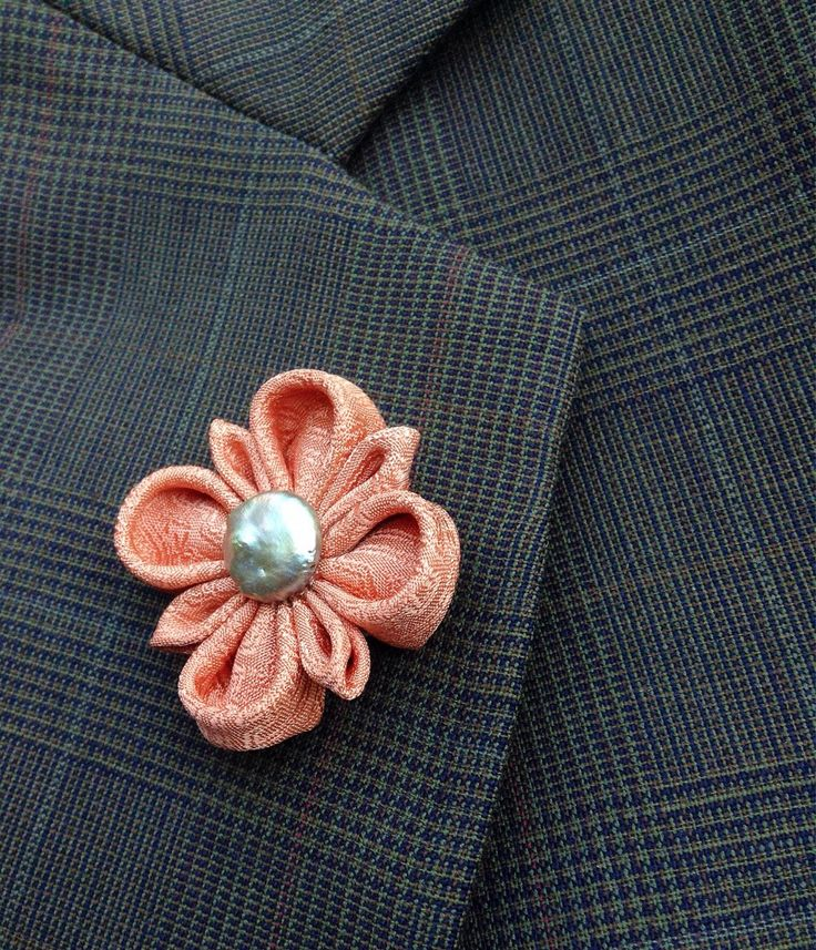 Custom Lapel Pins Mens Lapel Pin Flower Lapel Pin Silk Lapel Flower Dusty Peach Boutonniere Groomsman Gift For Him Suit Pin Kanzashi Brooch by exquisitelapel on Etsy https://www.etsy.com/listing/249999054/custom-lapel-pins-mens-lapel-pin-flower